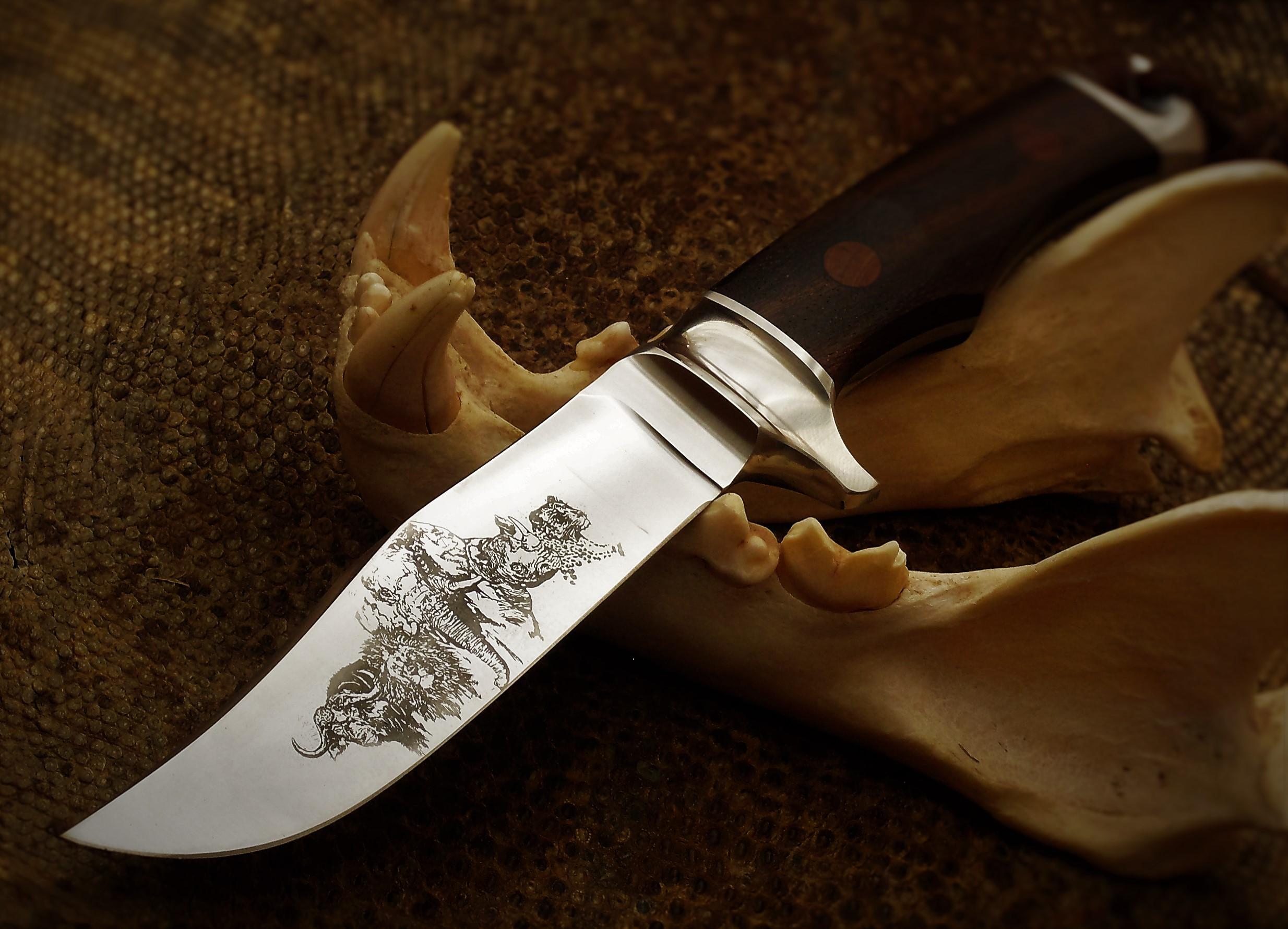 South African Knife maker - Louis Naude | 2468 x 1780 jpeg 670kB